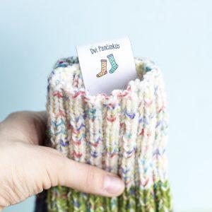 Skirtingų spalvų megztos kojinės DVI PANČIAKOS